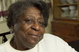After sacrificing to raise 3 generations, Newark woman now relies ...