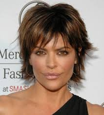 sy lisa rinna hairstyles chin length layered hair