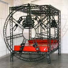 S m bondage beds
