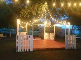 pallet wedding backdrop