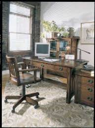 Home office decorating tips Feng Shui Home Office Decorating Ideas Howstuffworks Home Office Decorating Idea Traditional Home Office Howstuffworks