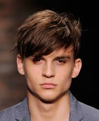 Hairstyles For Men To The Side Shaved Sides With Fringe Men Hairstyles Mens Hairstyles Short Side