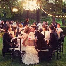 Dan U0026 Tristau0027s Gorgeous Country Backyard Wedding  M2 PhotoBackyard Wedding Diy