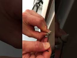 how to install a metal frame per