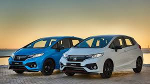 2018 honda jazz india. unique jazz the 2018 honda jazz facelift is expected to be revealed for the indian  market during upcoming new delhi auto expo before going on sale attract crowd  inside honda jazz india o