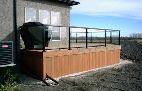 charleswood deck with aluminum and glass railings
