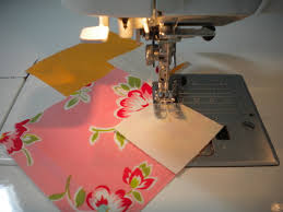 5 Favorite Quilting Tricks & Tips You Don't Want to Miss & Chain Piecing Fabric on Sewing Machine Adamdwight.com