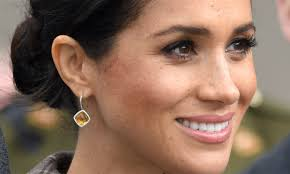 royal makeup artist hannah martin has a 3 minute beauty tip for new mum meghan