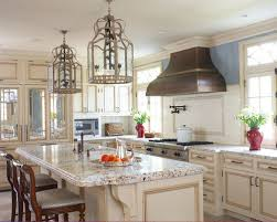 Inspiration For A Timeless L Shaped Limestone Floor Eat In Kitchen Remodel  In New