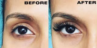 an eyelash extension appointment