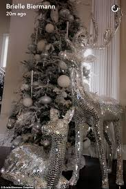christmas decorations office kims. White And Sparkly: On Christmas Eve Kim Her Daughter Brielle Shared Images Of How Decorations Office Kims I