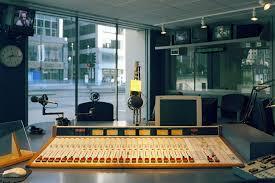 office radio. Inside The All-State Showcase Studio On Michigan Avenue - WGN Radio Office T