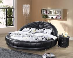 interior design. Round Bed ...