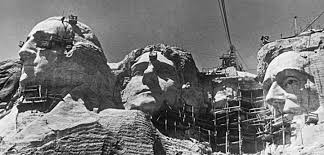 「1927 Work begins on Mount Rushmore」の画像検索結果