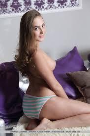Teen tits ass models