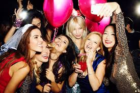 23 Bachelorette Party Games That Won\u0027t Cost You a Dime