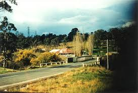 2016 yallambie old lower plenty road bridge and plenty bridge hotel c1957