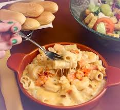 olive garden s new lobster shrimp mac cheese is here olive garden s new winter dishes