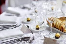 Mind Your Manners Proper Etiquette At A Formal Dinner Table - Dining room etiquette