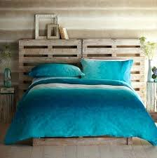 ideas for headboards for queen beds awesome pallet headboard for queen bed on interior designing home ideas with pallet headboard for diy fabric headboard