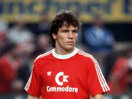 Lothar herbert matthäus voit le jour en mars 1961 à erlangen en bavière.il débute à l'âge de neuf ans son parcours dans le monde du football. Lothar Matthaus In Der Hall Of Fame Des Deutschen Fussballs