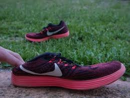 nike running shoes red and grey. nike lunartempo women\u0027s running shoes red/grey red and grey