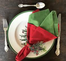 Pliage de serviette de table en papier en formede bateau de voilier. 1001 Tutos Et Idees Pour Un Pliage De Serviette Pour Noel