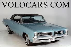 1964 Pontiac Grand Prix | Volo Auto Museum