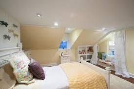 teen bedroom with recessed lighting