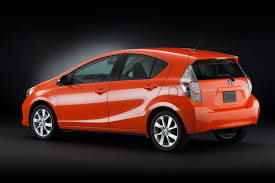 Toyota Officially Introduces New Prius C / Aqua Dedicated Hybrid ...