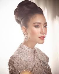 100 แบบทรงผมเจาสาวชดไทยงดงามตามแบบฉบบหญงไทย