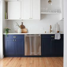Painting Kitchen Cabinets Dark Bottom Light Top 12 Navy Blue Paint Options For Kitchen Cabinets