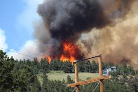 nearly 2 000 evacuated after cold springs fire 9news com