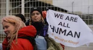 Resultado de imagen para youtube imágenes de marchas contra la guerra en siria