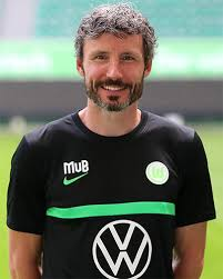 Mark peter gertruda andreas van bommel is a dutch football coach and former player who played as a midfielder. Mark Van Bommel