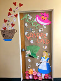 Alice In Wonderland Decorations Alice In Wonderland Halloween Decorations Alice In Wonderland