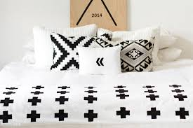black and white graphic bedding with comfortable plus print full