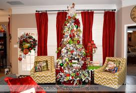 ... Christmas Tree Theme | Show Me Decorating throughout Christmas Curtains  For Living Room