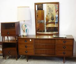 Mid Century Modern Walnut Stanley Bedroom Set. I actually have this  dresser. Wish I