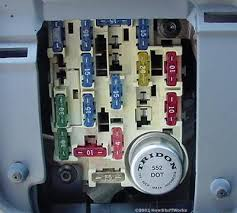 the thermal flasher how turn signals work howstuffworks how does fuse box work in this vehicle, the thermal flasher is located in the fuse panel