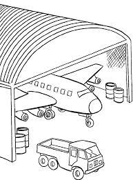 Kleurplaat Vliegtuig Staat In De Hangar Kleurplaatjecom