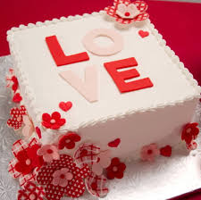 Love Flowers Valentines Day Cake Valentine Day Special Cakes In Lahore