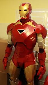 9 an awesome selfmade iron man costume