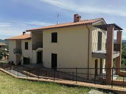 Case e appartamenti in vendita a Città della Pieve - Cambiocasa.it