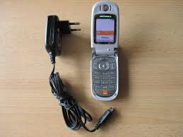Motorola V600 mit Ladegerät kaufen auf ...