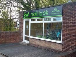 salon nail services