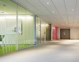 Glass conference rooms Sliding Glass Wall Meeting Rooms Interior Design Ideas Crlarch Glass Wall Meeting Rooms Interior Design Ideas Tierra Este 1759