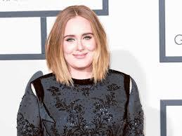 Karena jika salah pilih model rambut, wajah yang bulat bisa tampak semakin lebar. 20 Model Rambut Untuk Wajah Bulat Untuk Pria Wanita Banyak Pilihan