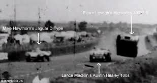 「Austin-Healey and a Mercedes-Benz collide,1955 place now」の画像検索結果