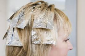 how to highlight your own long hair with foil leaftv within how to highlight your own